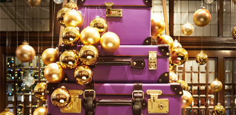 christmas-highlight-suitcases